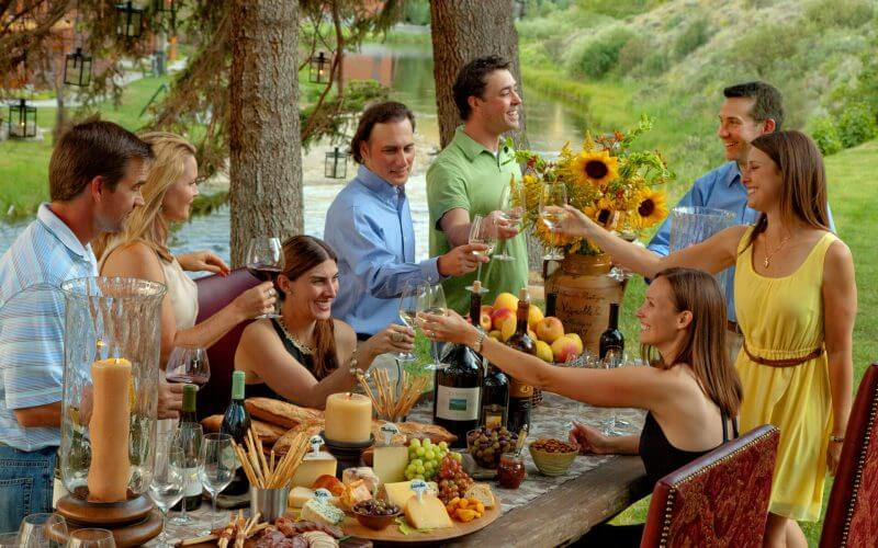 RUSTIC-DINING-Wine-Party2