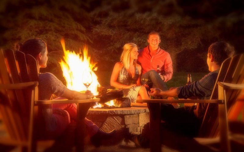 Spa Suites Exterior - Backyard Fire Pit